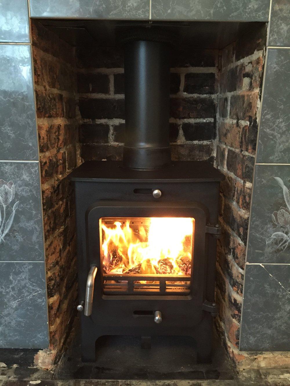 ekol-clarity-5-cinder-and-smoke-woodburners