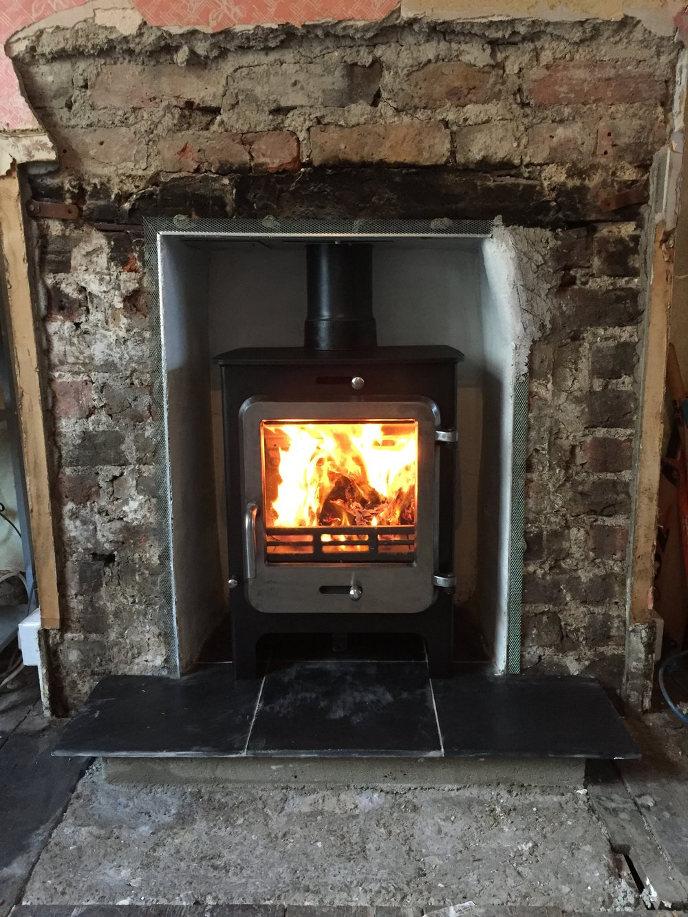 ekol-clarity-5-log-burner-installation