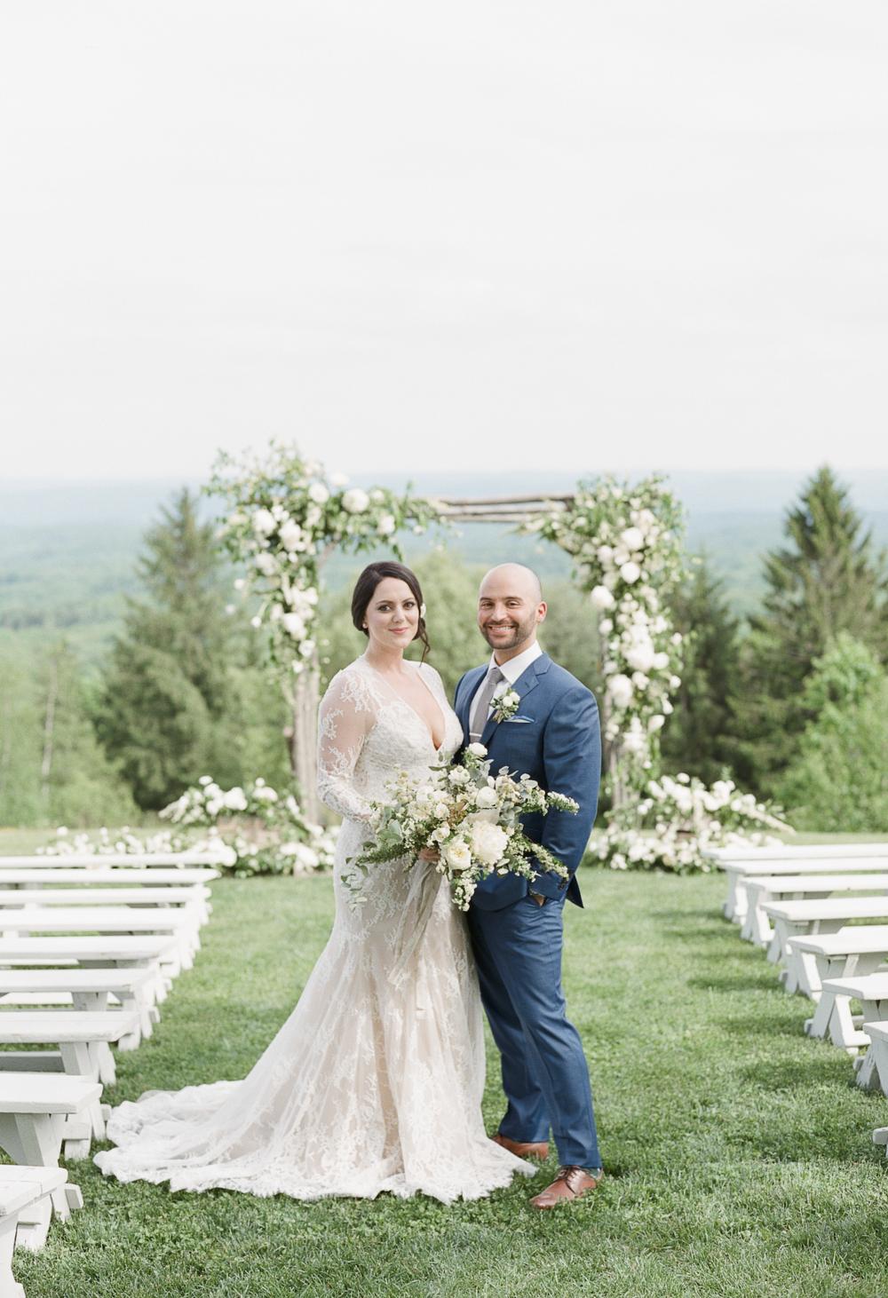 Cedar Lakes Estate Wedding Photos