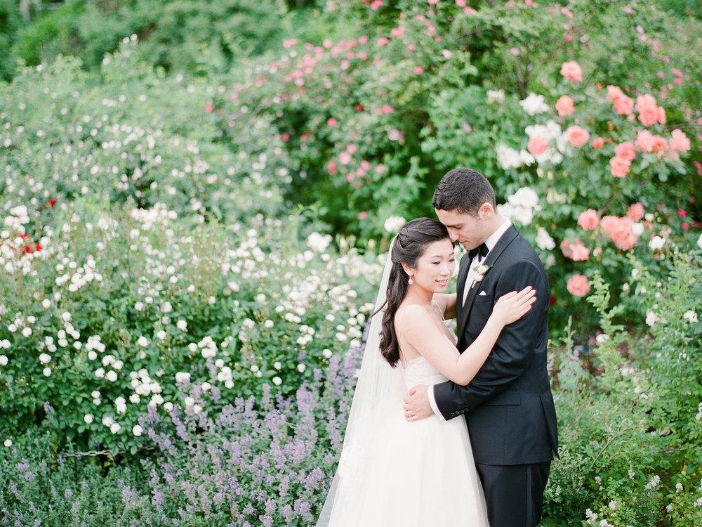 Brooklyn-Botanic-Garden-Wedding-Photos-03.JPG