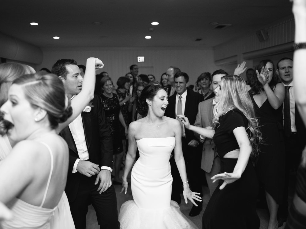 Gurney's Montauk Yacht Club Wedding Photos