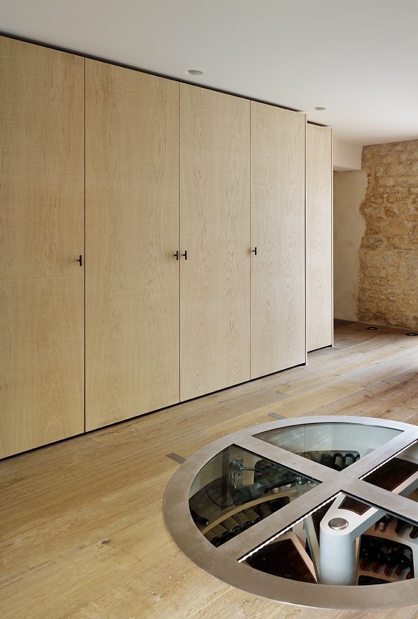 LOUISE HOLT INTERIOR DESIGN, OXFORD, OXFORDSHIRE, ENTRANCE HALL, TEDDY EDWARDS JOINERY, SPIRAL CELLAR