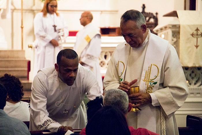 Worship-Times_webpage_1245.jpg