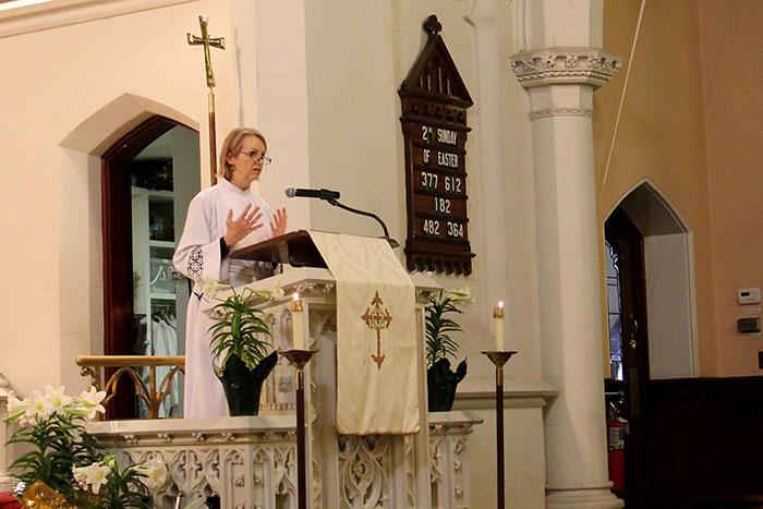 Worship-Times_webpage_9am.jpg