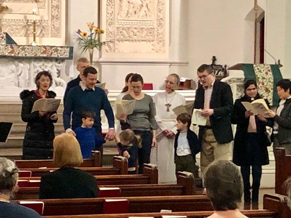 Intergenerational-Choir_singing-in-worship_ws600.jpg