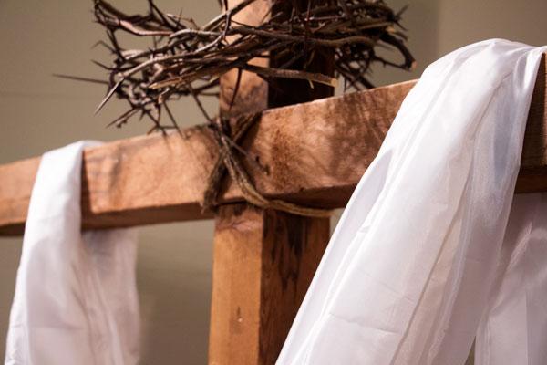 Easter-Sunday_cross_websize600.jpg