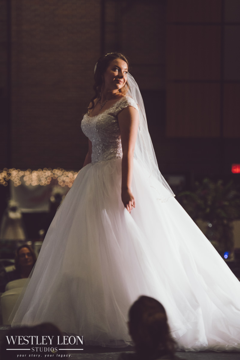 33rd-Bridal-Spectacular-2018-228-8259.jpg
