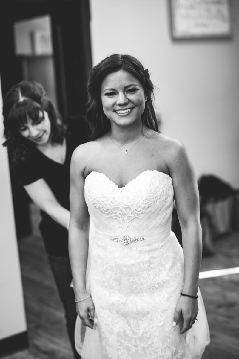 Aberdeen-Manor-Ballroom-Lisa-Jack-Wedding-99-4676.jpg