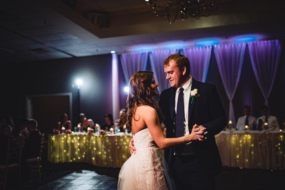 Aberdeen-Manor-Ballroom-Lisa-Jack-Wedding-838-0944.jpg