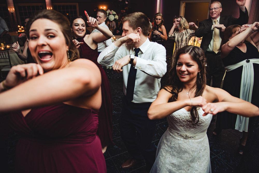 Aberdeen-Manor-Ballroom-Lisa-Jack-Wedding-1006-1223.jpg