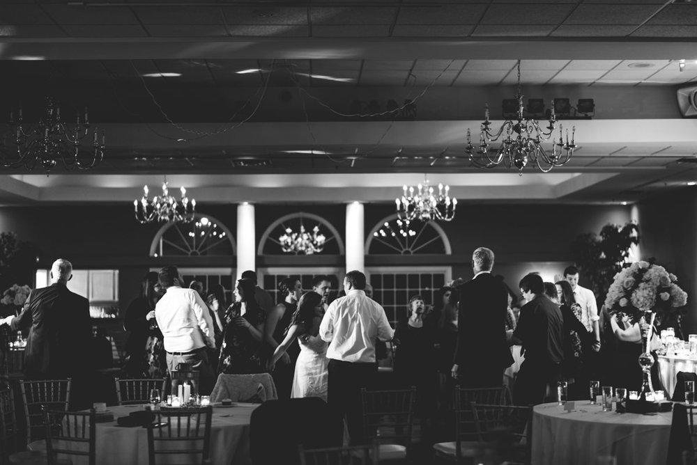 Aberdeen-Manor-Ballroom-Lisa-Jack-Wedding-1019-5377.jpg