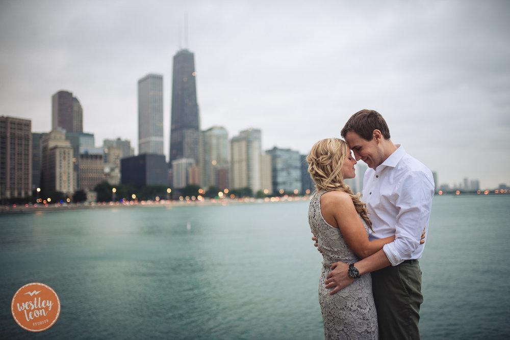 Chicago-Engagement-Session-44.jpg