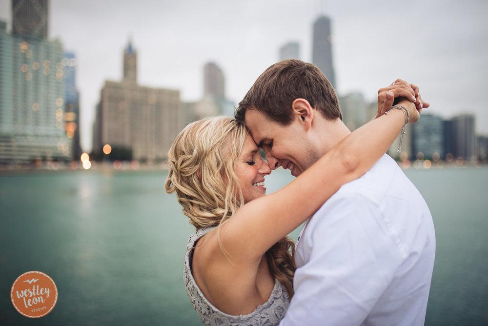 Chicago-Engagement-Session-50.jpg