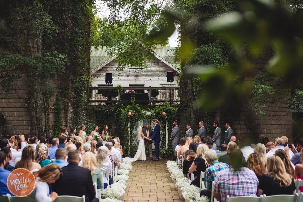 Blue-Dress-Barn-Wedding-Paige-Tyler-404.jpg