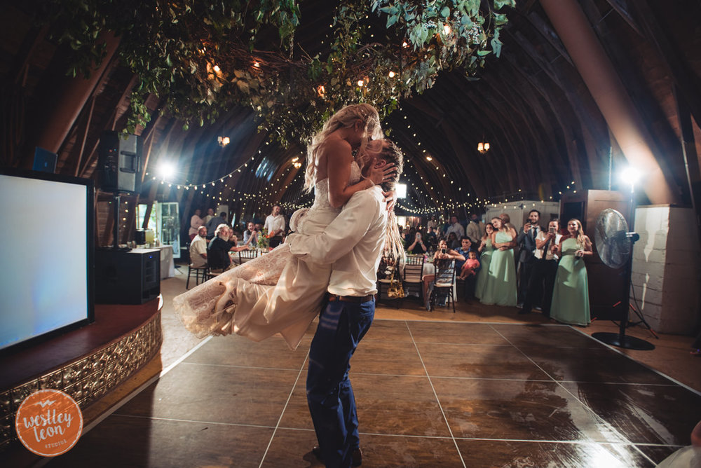 Blue-Dress-Barn-Wedding-Paige-Tyler-791.jpg