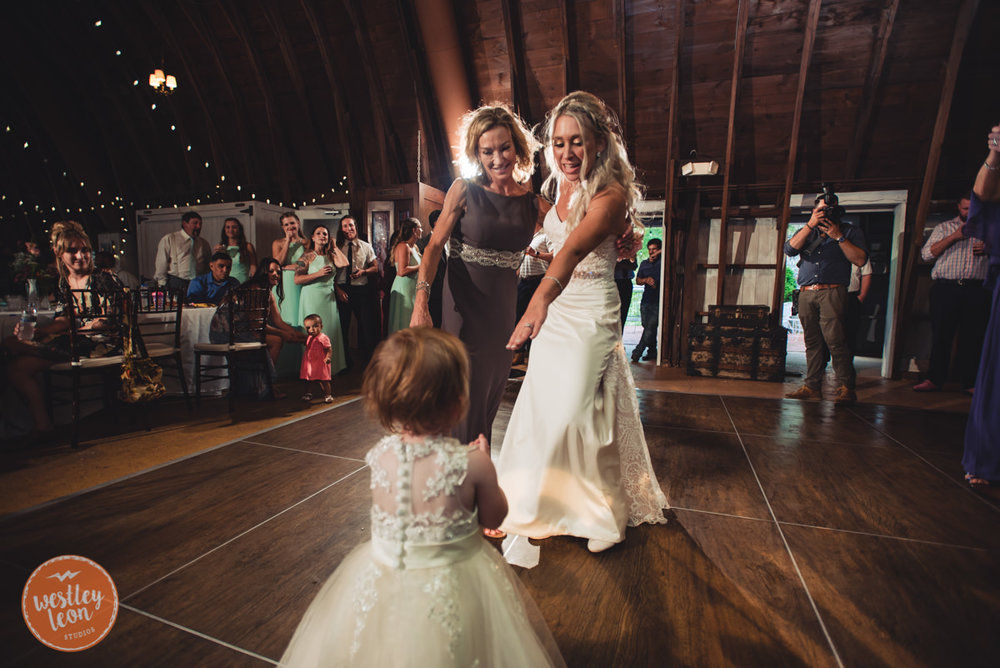 Blue-Dress-Barn-Wedding-Paige-Tyler-804.jpg