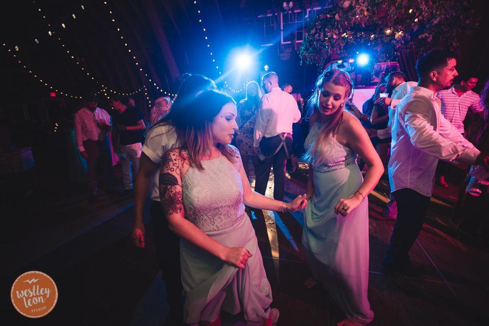 Blue-Dress-Barn-Wedding-Paige-Tyler-960.jpg