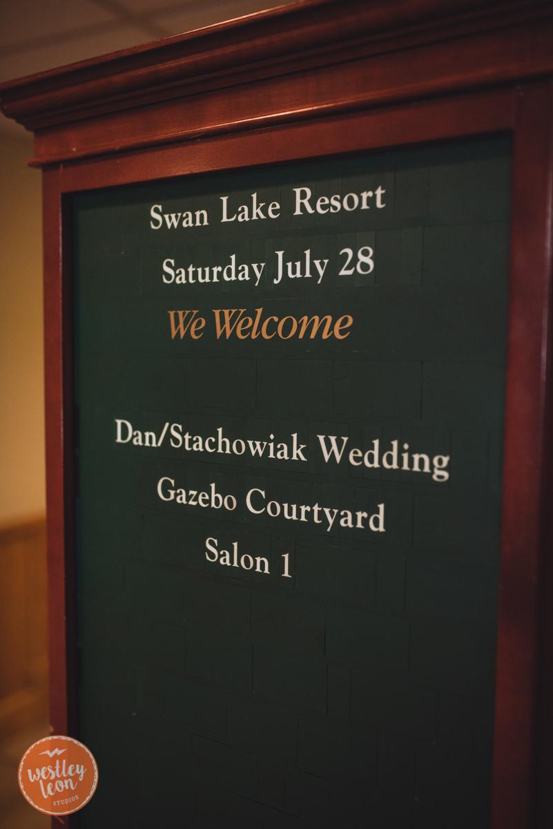Swan-Lake-Wedding-Jackie-Alex-2.jpg