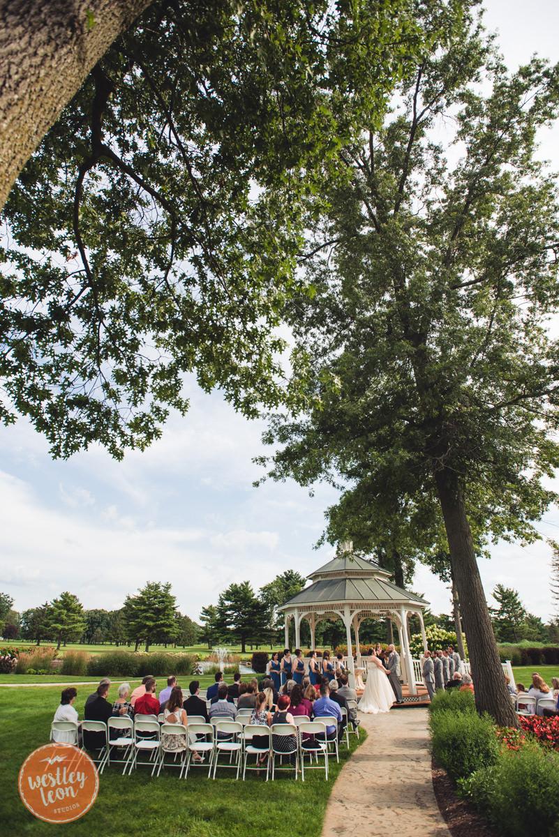 Swan-Lake-Wedding-Jackie-Alex-511.jpg