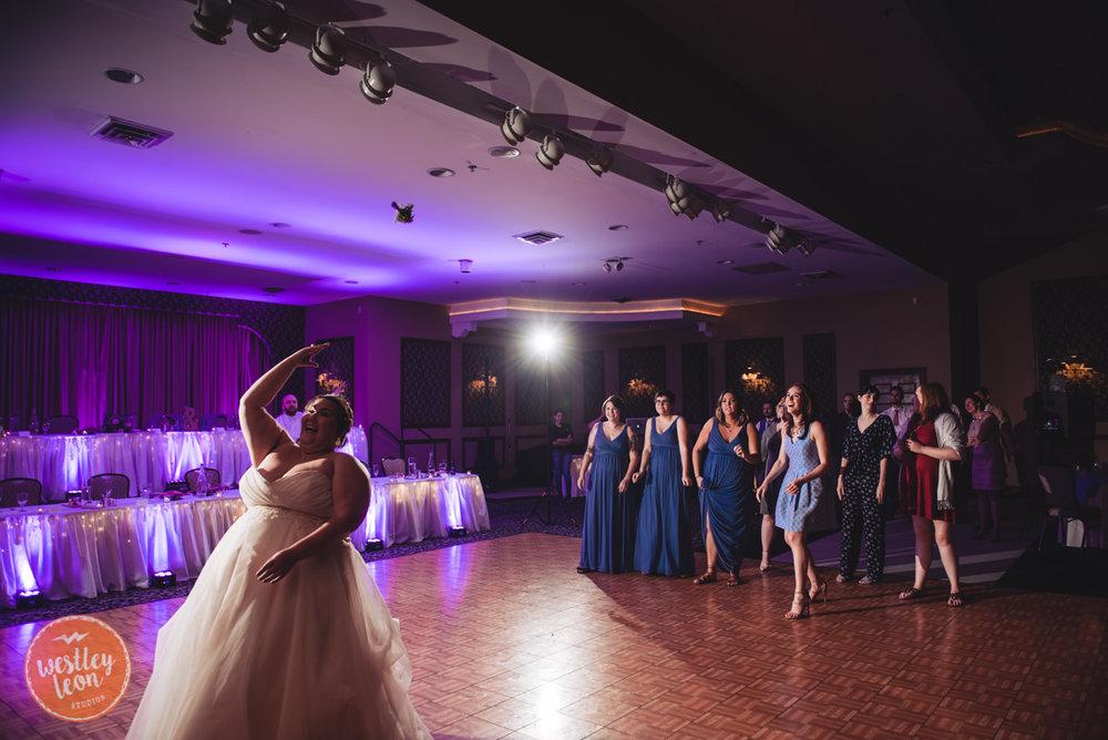 Swan-Lake-Wedding-Jackie-Alex-865.jpg