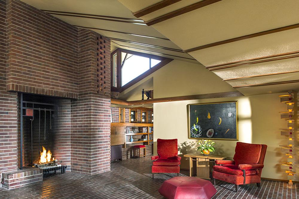 Willey_Liv.Rm1_fireplace.jpg