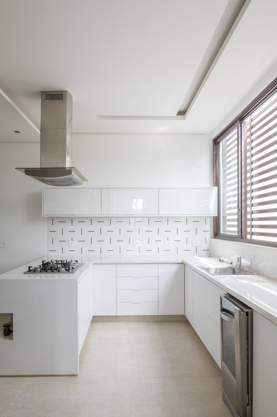 Mova-arquitetura-foto-haruo-mikami_B_258_Baixa.jpg