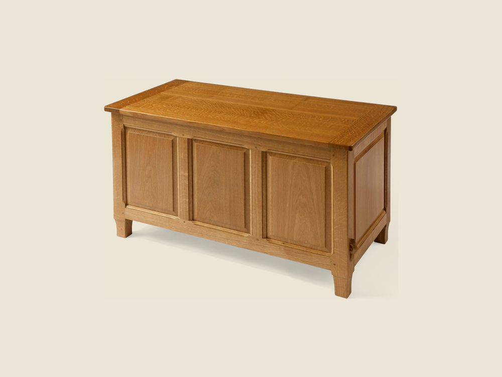 BFB_0000s_0002_bfb_013_solid_oak_blanket_toy_chest.jpg.png