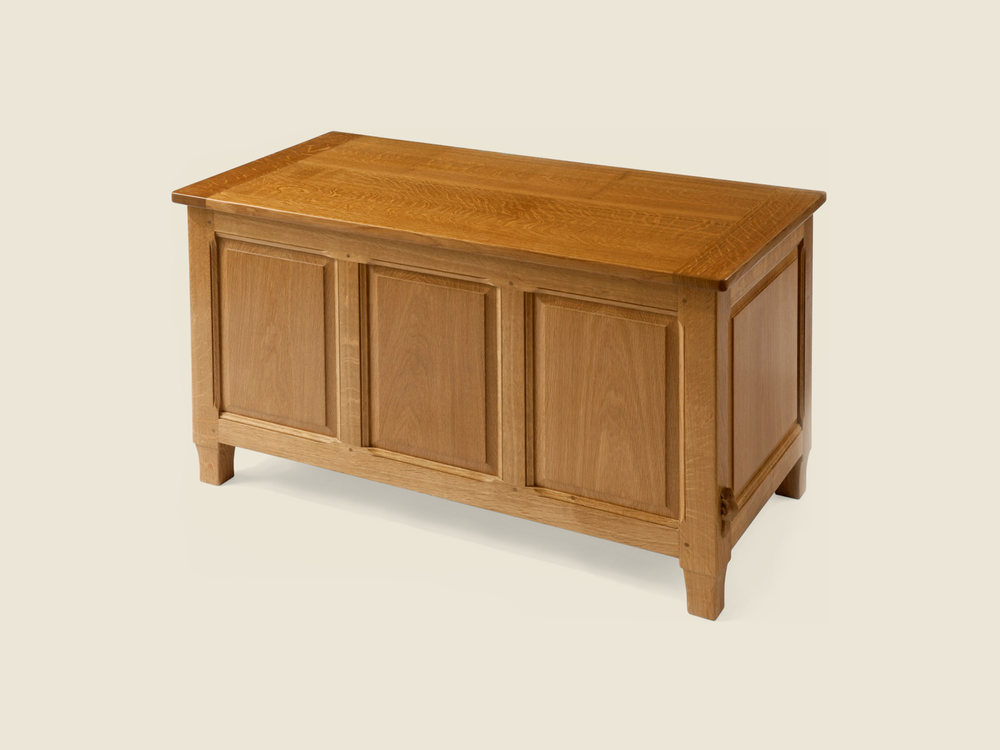 BF605 Solid Oak Blanket Chest