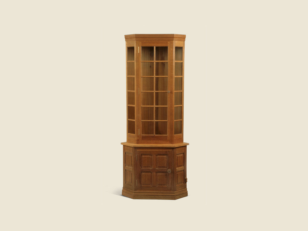 BF502A Oak Corner Display Cabinet