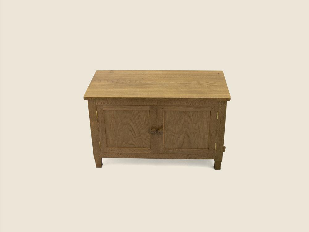 BF608 Solid Oak Bespoke Cabinet