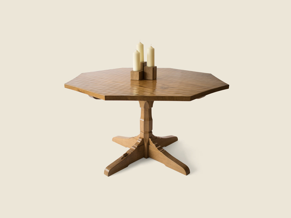 bf111_beaverfurniture_bespoke_octagonal_oak_dining_table_mouseman_style.jpg