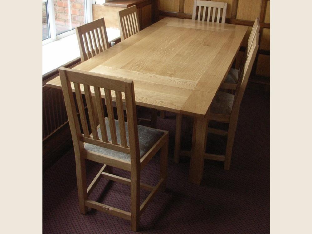 bf108_beaver_furniture_handmade_boarded_oak_dining_table.jpg