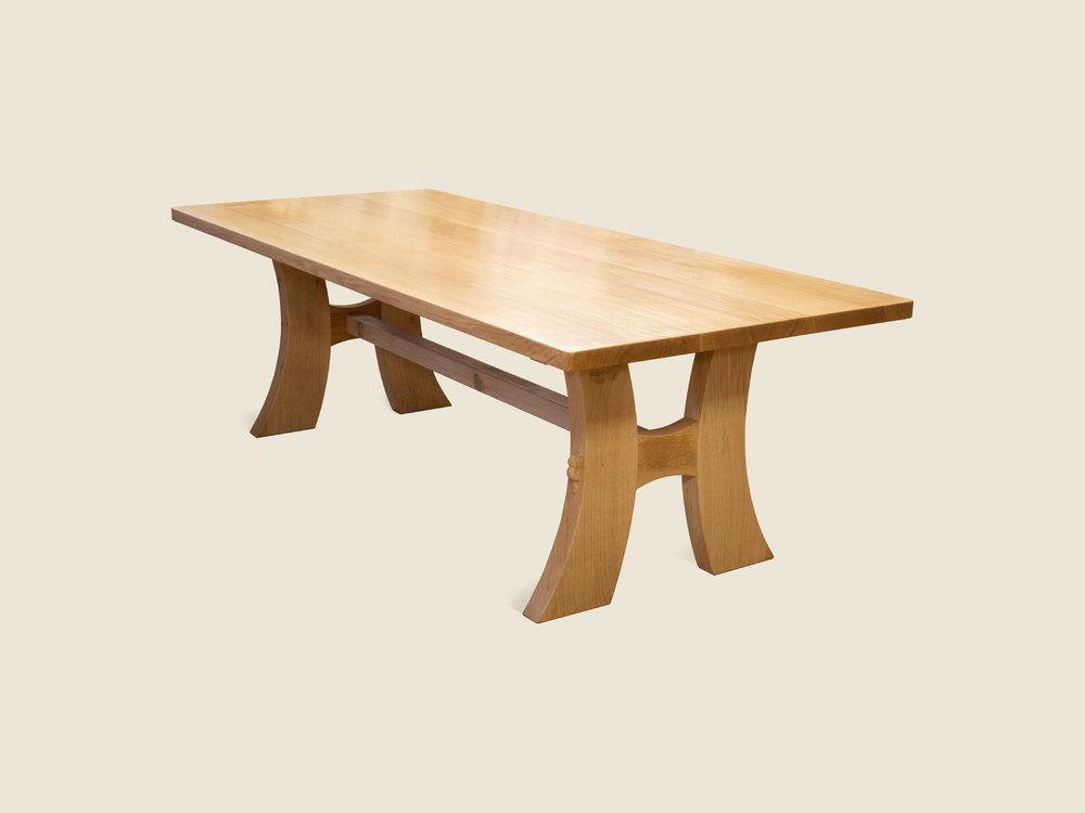 beaver_Furniture_modern_oak_kitchen_table.jpg