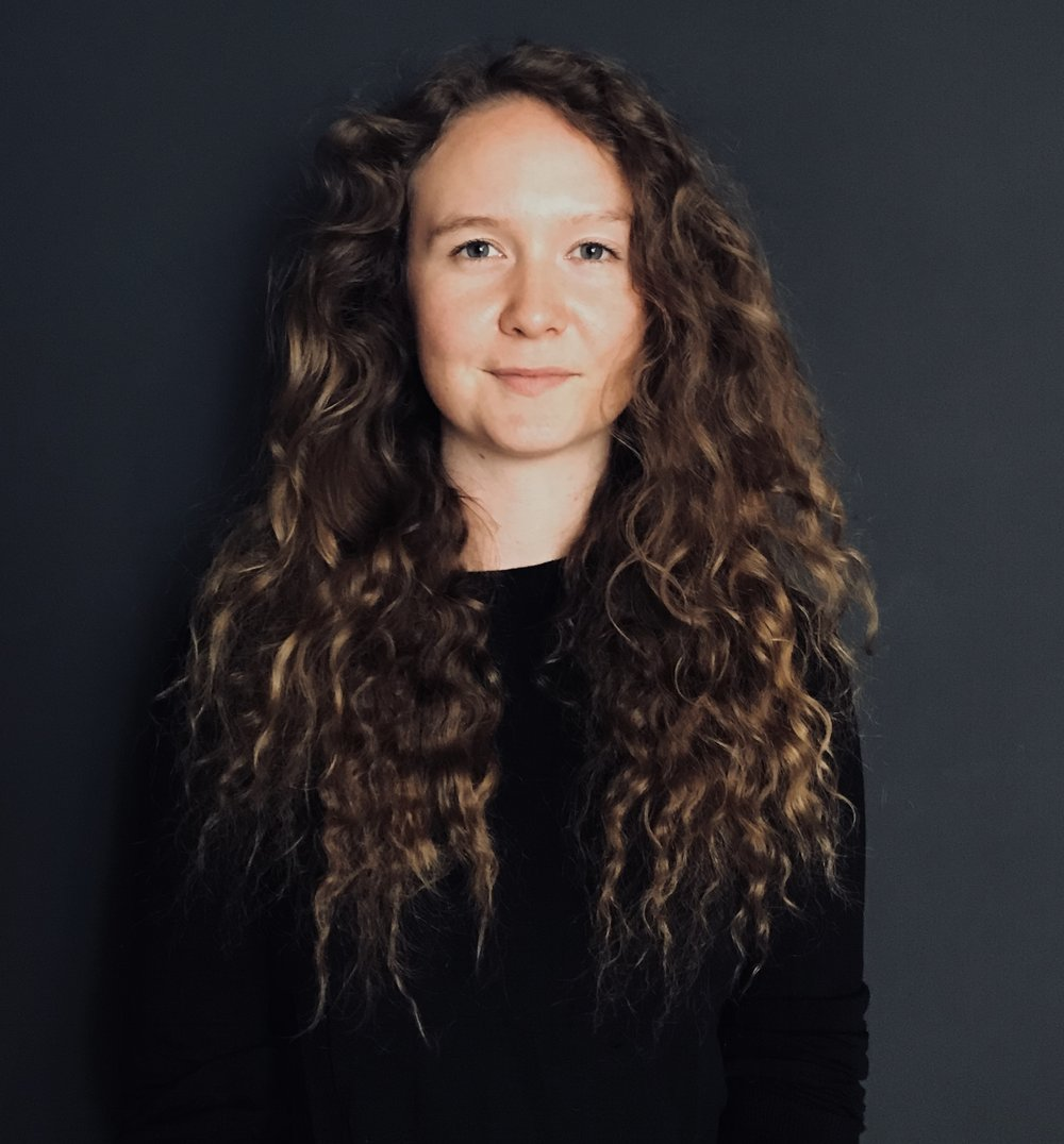 Bronya Arciszewska | Costume Designer