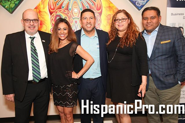 The IHCC is excited to continue its partnership with @hispanicpro this year. Stop by and visit Mural Park in Pilsen. #Chicago #Pilsen #business #professionals #arts #culture #muralpark #coworkingspace #networking #chitown