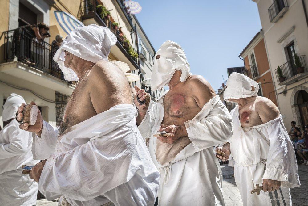 documentary_reportage_riti_settennali_di_penitenza_fabio_burrelli_20.jpg