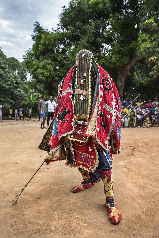 documentary-reportage-photography-voodoo-fabio-burrelli-5.jpg