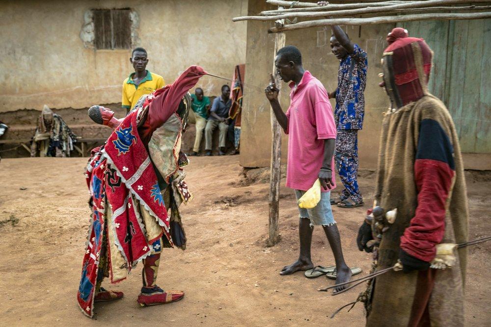 documentary-reportage-photography-voodoo-fabio-burrelli-13.jpg