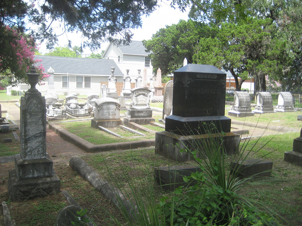 Some graves at Congregation Beth Israel's space at Oakwood Cemetery date back to the 1800s. Credit: Tonyia Cone