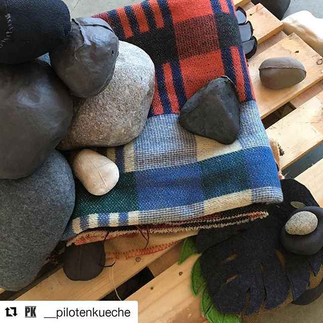 #Repost @__pilotenkueche (@get_repost) ・・・ Marloes Staal Materiality of bodies  _Marloes suggests that it's not man vs nature, but that we are actually parallel to nature. She collects stones and mixes them with copies made from iron, ceramic or fabric.. .(More pics coming soon! Working on it :) . Unfinished Hase Open:  16-23 Feb 13-17h  Finissage: Sat 23 Feb  7PM  Alte Handelsschule  Gießerstraße 75  #ceramicstones #sculpture #artwork #installation #ceramics #fineart #monstera #stones #landscape #newartwork #woolenblanket #wool