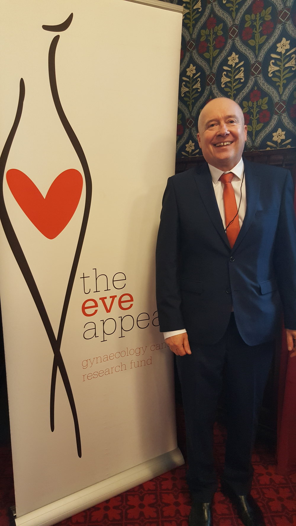Chris working with @Eveappeal