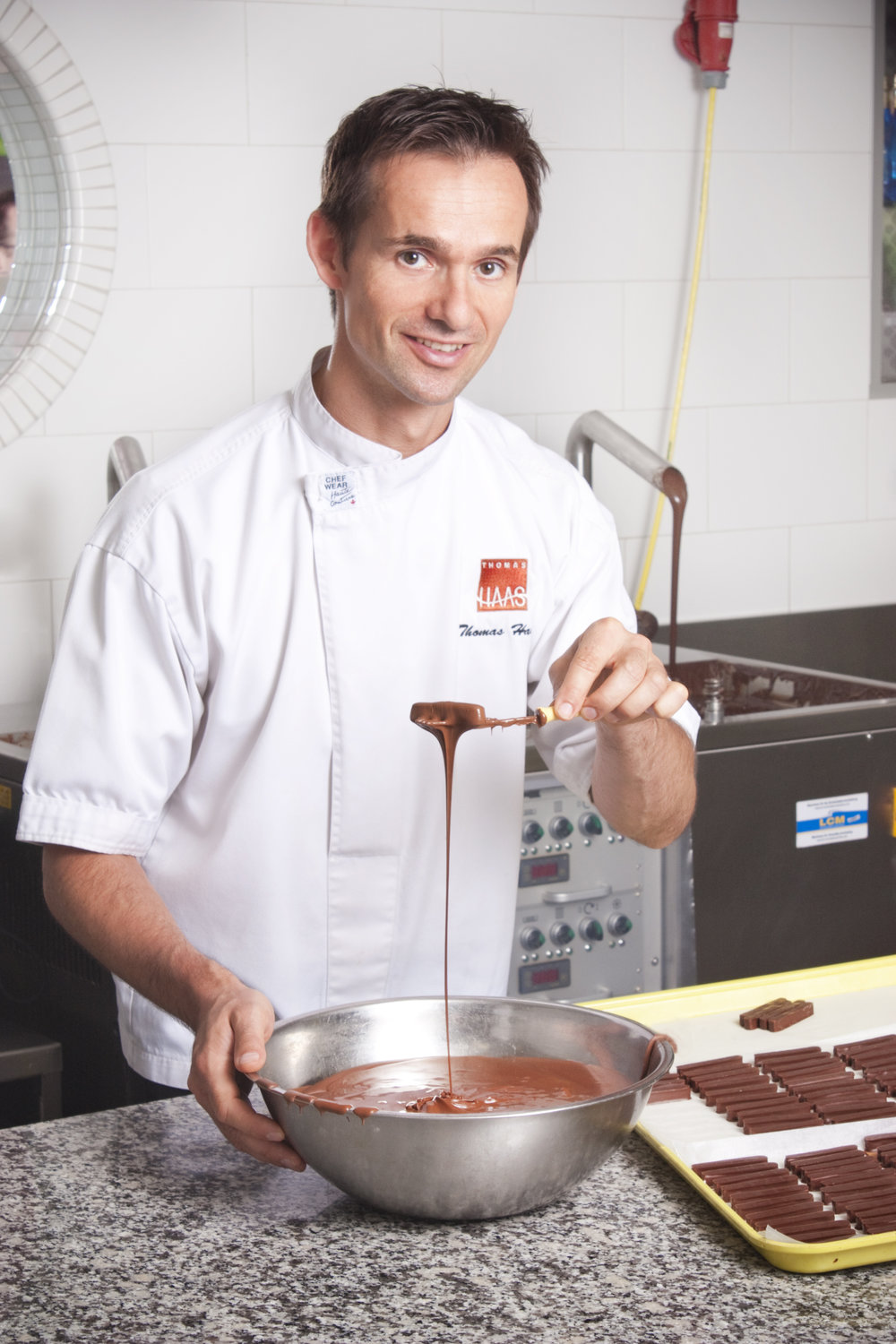 CHOCOLATIER THOMAS HAAS KEEPS WINNING STREAK ALIVE AT ANNUAL VANCOUVER MAGAZINE RESTAURANT AWARDS - APRIL 17, 2018The fourth-generation talent behind the internationally renowned Thomas Haas Chocolates & Pâtisserie was singled out for the newly christened 'Best Patisserie' title yesterday at the 29th annual Vancouver Magazine Restaurant Awards.This year marks the 15th time in the last 17 years in which Haas has been honoured for an accolade at the ceremony. After winning eight straight titles for Best Last Course beginning in 2001, Haas went on to score four consecutive Pastry Chef of the Year awards and five since the category was launched in 2011, in addition to Best Bakery at last year's edition of the awards.