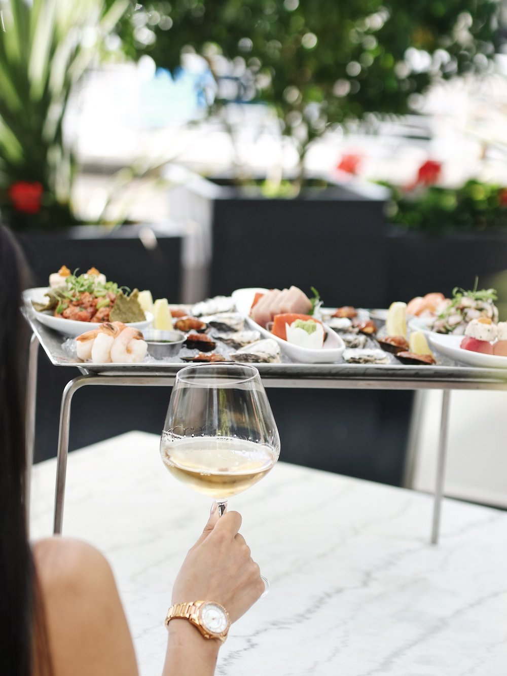 ANCORA WATERFRONT DINING AND PATIO TO OPEN SECONDLOCATION IN WEST VANCOUVER'S AMBLESIDE THIS FALL - September 5, 2018Ancora Waterfront Dining and Patio will bring its signature brand of Peruvian-meets-Japanese 'Nikkei' cuisine to Vancouver's North Shore later this fall when the award-winning restaurant opens a second location at 1351 Bellevue Avenue in West Vancouver's Ambleside.Overlooking the waterfront in the high-profile Grosvenor Ambleside development with panoramic views of notable Vancouver landmarks like the Lions Gate Bridge, Stanley Park and Vancouver's West Side, Ancora's new location will feature seating for 104 in its expansive dining room and bar and 38 on its patio.