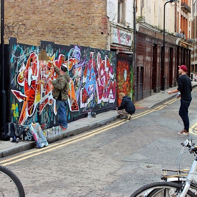 While out shooting in the #London streets. #graffiti #streetsoflondon