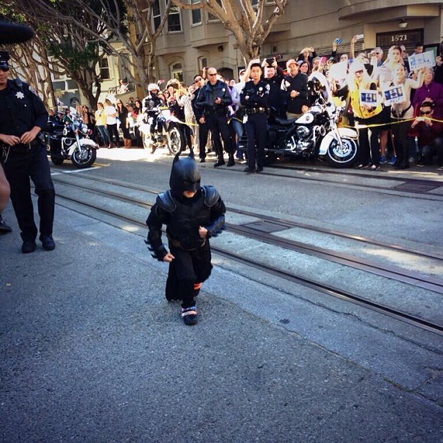 #SFBATKID - I really love how the people of San Francisco have opened their hearts to make this little guy's dream come true. #AMAZING