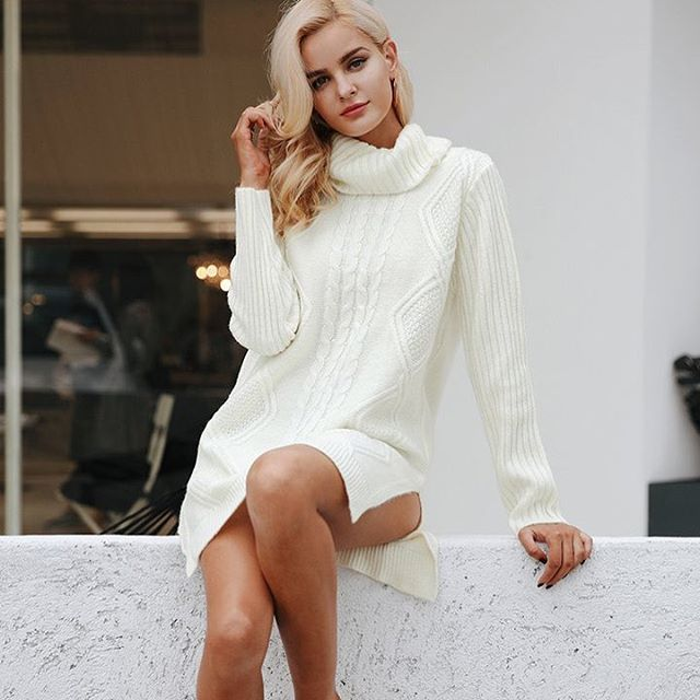 This mini sweater dress will help you through the winter ❄️ #pickettpretty