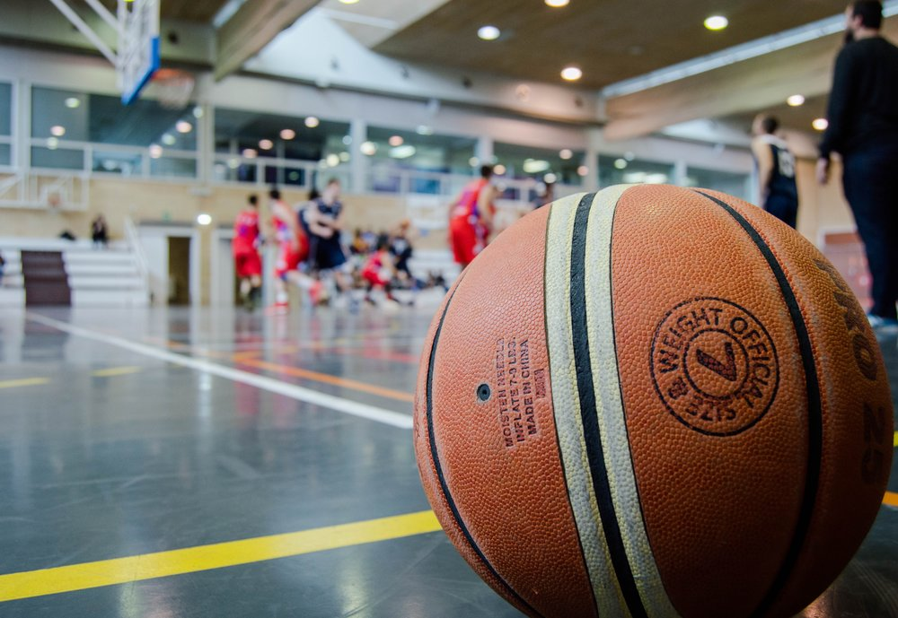 athletes-ball-basketball-945471.jpg