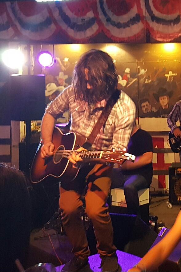 Derek Badillo live.jpg