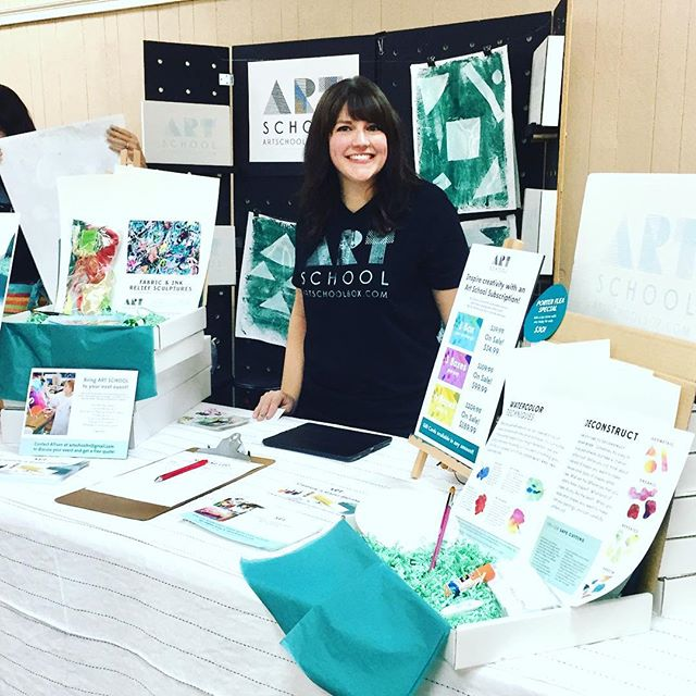All set up @porterflea! Print your own gift wrap with @artschoolbox and pick up an Art School box for kids for 25% off while you're here! Happy Holidays!