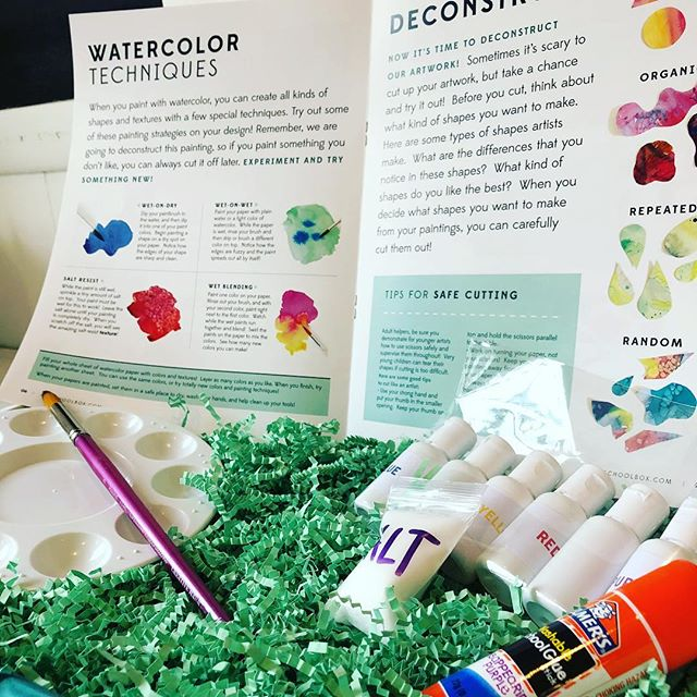 Last chance for Christmas shipping! Order @artschoolbox by midnight tonight so your young artist can get their box on the big day! Shipping is free, as always. Link in bio! #artschoolbox #holidaygifts